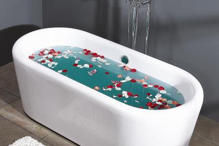 אמבטיה פרי סטנדינג BT63. אמבטיה מונחת-שפה מעוגלת  מידה-178X81  גובה 62