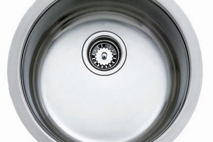 כיור למטבח עשוי נירוסטה NR108. קוטר 42  כיור נירוסטה עגול בהתקנה שטוחה  עומק כיור 17.6 סמ