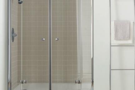 מקלחון חזית 23