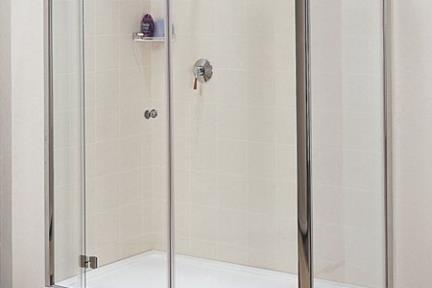 מקלחון פינה מרובע 48