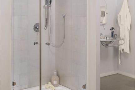 מקלחון פינה מרובע 414