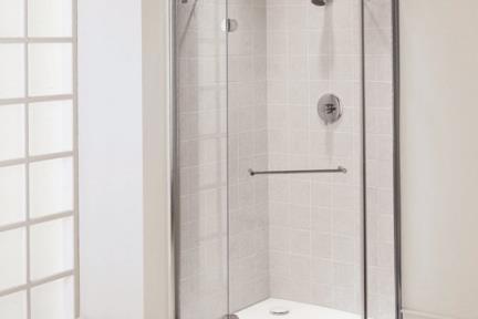 מקלחון פינה מעוגל 32