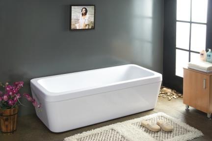 אמבטיה פרי סטנדינג BT68. אמבטיה מידה 174X79  גובה 55