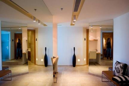עיצוב סלון-גיא פלד. עיצוב סלון  פורצלן דמוי אבן  מידה 60X60