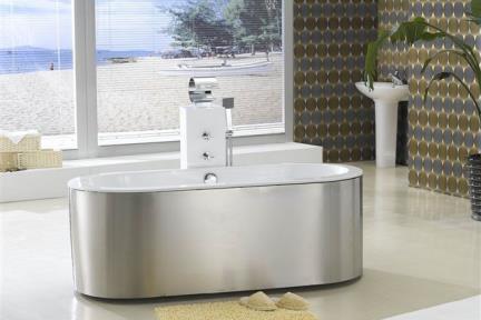 אמבטיה  אמבטיה פרי סטנדינג BT70. מידה 178X81  אמבטיה אקרילית  דופן נירוסטה  מסביב