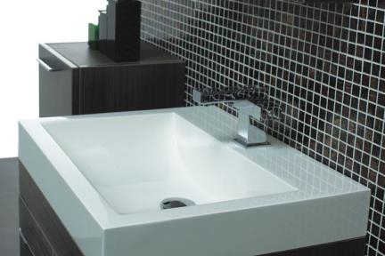 כיור אמבטיה אקרילי L6058. כיור אקרילי לבן  מידה: 58X47  עם או בלי חור לברז