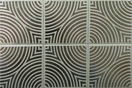 אריחים דקורטיבים ממתכת C3603. דקור קרמי  מזוגג בצבע כסף  מידה 9.5X9.5