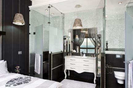 בית בנתניה. עיצוב-אריאלה עזריה  חדר שינה+מקלחון