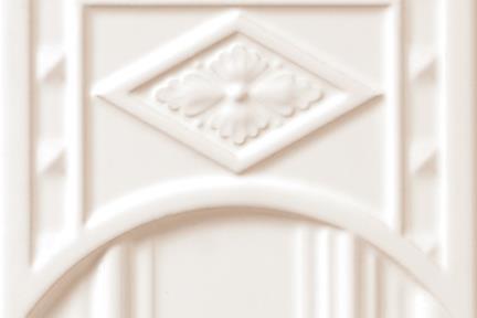 אריחי וינטג' לחיפוי קיר עם אלמנטים 1014. יחידת סיומת עליונה לבנה לעמוד  15.2*15.2