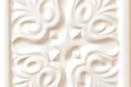 אריחי וינטג' לחיפוי קיר עם אלמנטים 1016. דקור פרחוני לבן  15.2*15.2