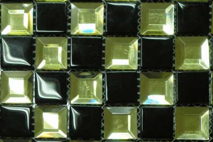 אריחי פסיפס לחיפוי קיר מזכוכית MG12. פסיפס זכוכית  שחור-זהב