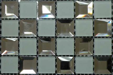אריחי פסיפס לחיפוי קיר מזכוכית MG01. פסיפס זכוכית  ראי+לבן מט