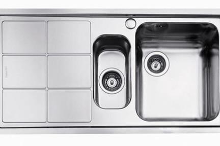 כיור למטבח עשוי נירוסטה NR115SR. כיור 1.5 נירוסטה ימין+ משטח שמאל.