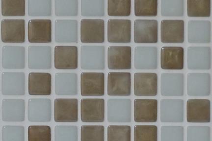 אריחי פסיפס לחיפוי קיר מזכוכית 1536GL. פסיפס 1.2 לבן-בז.  גודל: 33*33.