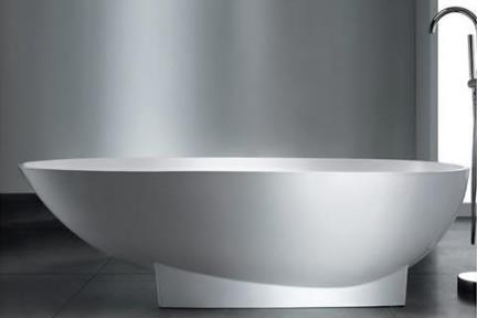 אמבטיה פרי סטנדינג BT13GL. אמבטיה אובלית אבן מלאכותית מבריקה.  גודל: 90*179.