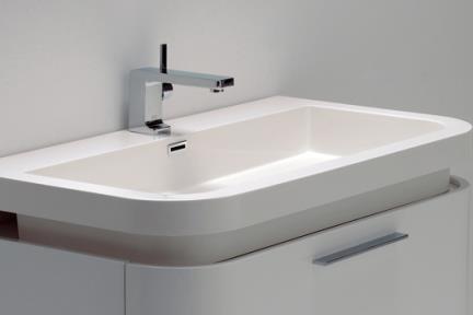 כיור אמבטיה אקרילי L94. כיור אקרילי חצי בפנים- מעוגל מקדימה.  גודל: 50*90
