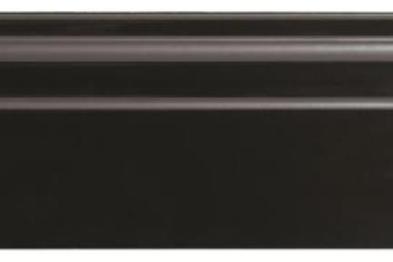 """פרופיל  לגימור 30 ס""""מ K1230-9. סוקל שחור מבריק.  גודל: 12*30"""