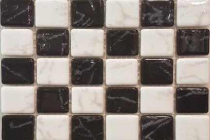 אריחי פסיפס לחיפוי קיר מזכוכית 3053. גודל 31*31  פסיפס 2.5 שיש שחור-לבן.