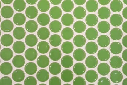 אריחי פסיפס לחיפוי קיר מקרמיקה 3110. פסיפס עיגולים ירוקים.  גודל: 25.5*25.1