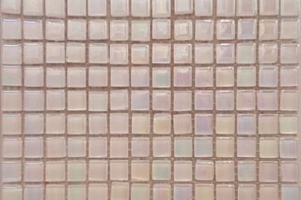אריחי פסיפס לחיפוי קיר מאבן 3820. פסיפס 1*1 זכוכית לבן צדף.  גודל: 30*30