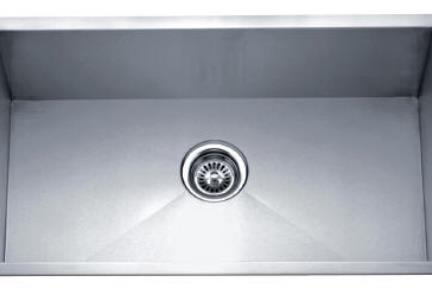 כיור למטבח עשוי נירוסטה NR7443. כיור מטבח נירוסטה בודד.  פינות חדות.  גודל: 74*43