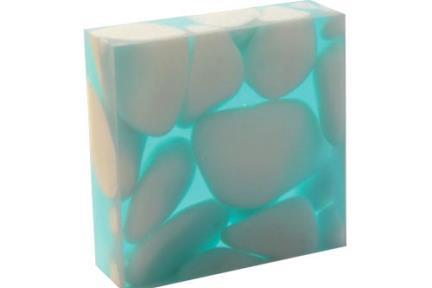 רזינה צבע: 03. אפשר ליצור אפקטים עם תאורה  מידות: 10X10  10X60  מיועד לדקורצית קיר
