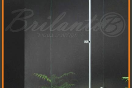 אמבטיון Lugano AKDK. אמבטיון חזית: שתי דפנות קבועות ודלת הנפתחת כלפי פנים וחוץ עד 90.