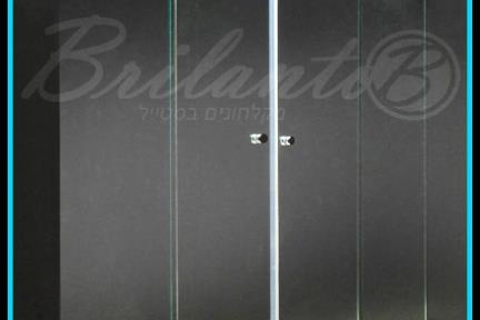 אמבטיון Pacipic A2. אמבטיון חזית: שתי דפנות קבועות ושתי דלתות הזזה