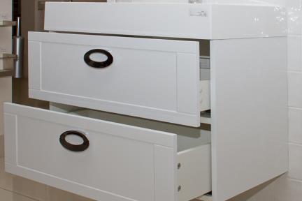 ארונות אמבטיה לאחסון  6760. ארון לבן מסגרות+ כיור אקרילי.