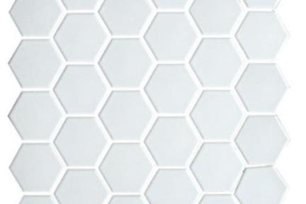 אריחי פסיפס לחיפוי קיר מקרמיקה 1235429. פסיפס משושה 5 לבן מט    גודל: 28.2*27.1