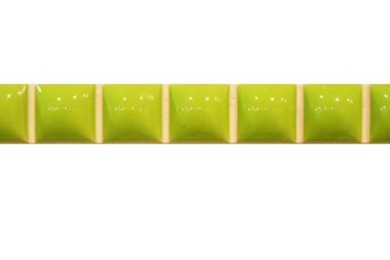 """פרופיל  לגימור 20 ס""""מ 2042-03. פס ריבועי בומבטו ירוק זוהר   גודל:  20*2.3"""