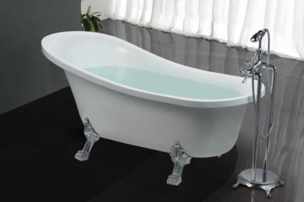 BT46. אמבטיה ענתיקה   לבנה עם רגליים מכסף   גודל: 78/160