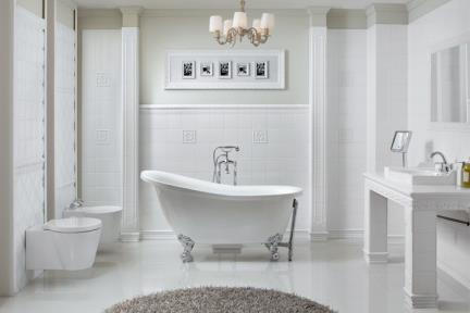 חדר אמבטיה בחיפוי עתיק. לתמנות נוספות