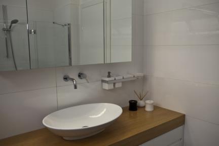 חדר אמבטיה.  צילום: סנדי טפרסון
