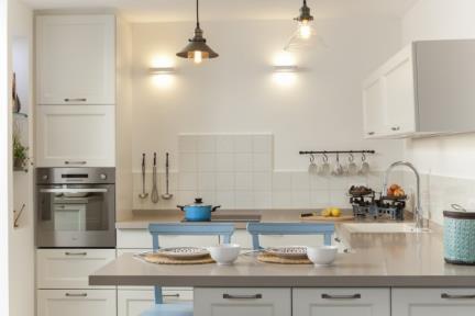 בית ברמת השרון. מטבח     צילום: מאיה חבקין.
