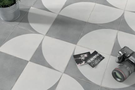 אריחי ריצוף וינטג' סדרת Cordova 1011500. רבע עיגול בז'-אפור.  גודל: 18.5*18.5