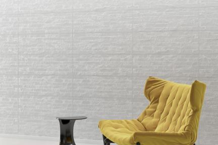אריחי וינטג' לחיפוי קיר בסגנון עתיק 1011696. קרמיקה מחולקת לפסים - אפור בהיר.  גודל: 30*90