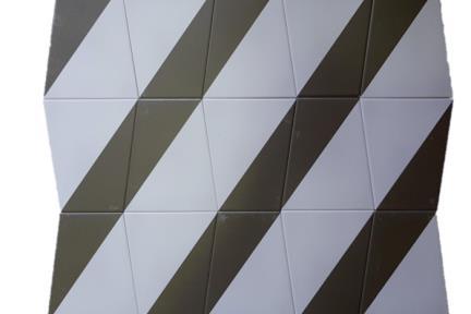 דגם 1011983. אריח פרמידה אפור-שחור לקיר.  גודל: 12.5*15