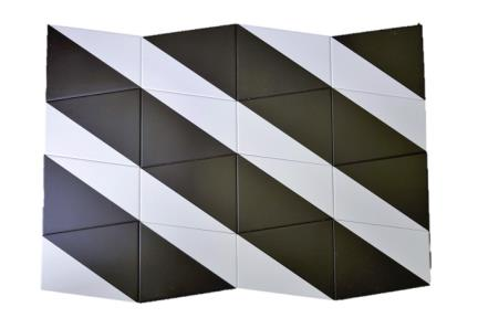 דגם 1011985. אריח פרמידה שחור-לבן לקיר.  גודל: 12.5*15