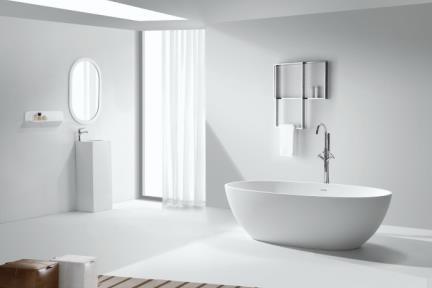 אמבטיה פרי סטנדינג BT153MT. אמבטיה אבן מלאכותית.  צבע: לבן מט.  גודל: 178*79  גובה: 54