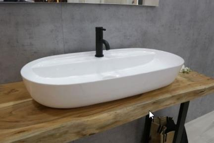 כיור מונח לחדר אמבטיה B804. כיור מונח אובלי עם חור לברז מהכיור.  גודל: 81*41  גובה: 14