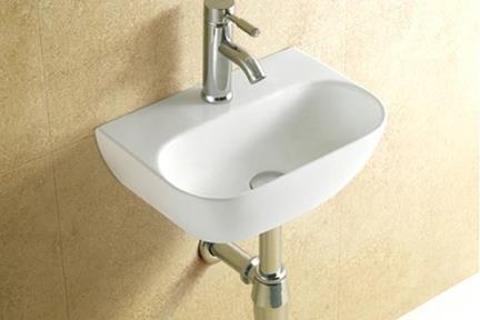 כיור קיר תלוי לאמבטיה L423. כיור קיר לבן.  גודל: 29*42.  גובה: 13