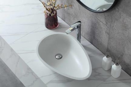 """כיור מונח לחדר אמבטיה L625-12. כיור אבן מלאכותית מונח לבן סומסום.  גודל: 60*39  גובה: 14  מחיר: 1638 ש""""ח"""