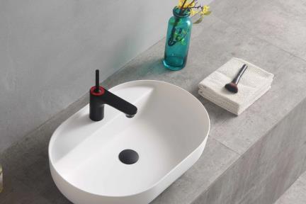 כיור מונח לחדר אמבטיה L633-11. כיור אבן מלאכותית מונח לבן מט עם חור לברז.  גודל: 60*40  גובה: 14