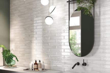 אריחי וינטג' לחיפוי קיר בסגנון עתיק 1011147. פורצלן לבן אפרפר ענתיקה תוצרת RONDINE  איטליה .  גודל: 6.1*37