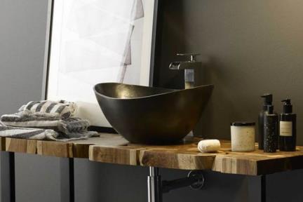 כיור מונח לחדר אמבטיה ALM460. כיור אלומיניום קצוות מוגבהות מושחר.  גודל: 34*46  גובה: 20