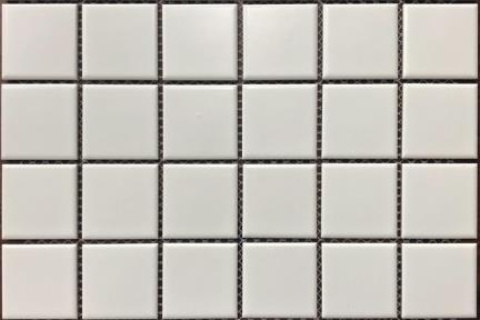 """אריחי פסיפס לחיפוי קיר מקרמיקה 1002090. פסיפס לבן מט שטוח 4.8 ס""""מ  גודל רשת: 30.8*30.6"""