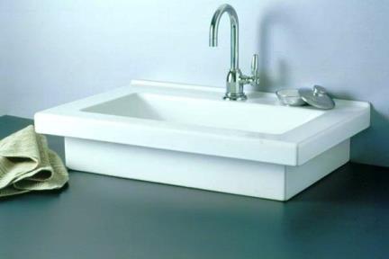 כיור מונח לחדר אמבטיה L501. כירם מונח/כיור שולחנים.  מידה: 70X45  כיור מעל משטח  או שקוע בחלקו