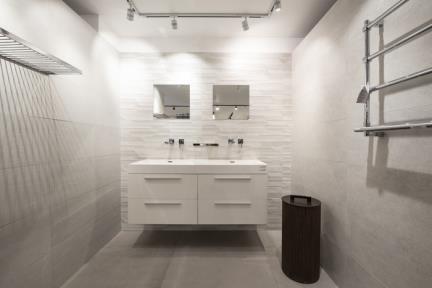 חדר אפרפר בתצוגת חלמיש. קורס צילום אדריכלות בהנחיית סוזי לוינסון  הדגמים בחדר זה:  קירות דגמים   1001232  1001233  1001235