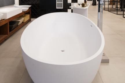 אמבטיה. קורס צילום אדריכלות בהנחיית סוזי לוינסון  אמבטיה BT153MT  178*91